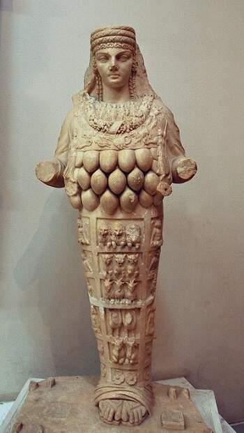 Estátua do Templo de Ártemis em Éfeso.